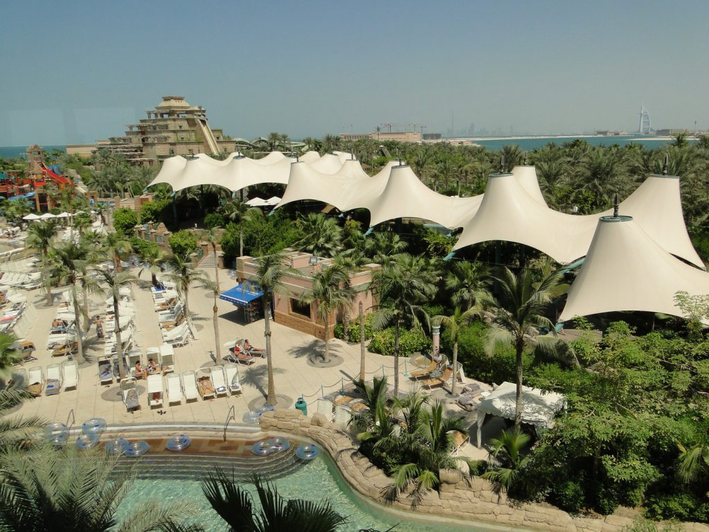 Sunbeds and swimming pool Aquaventure Dubai