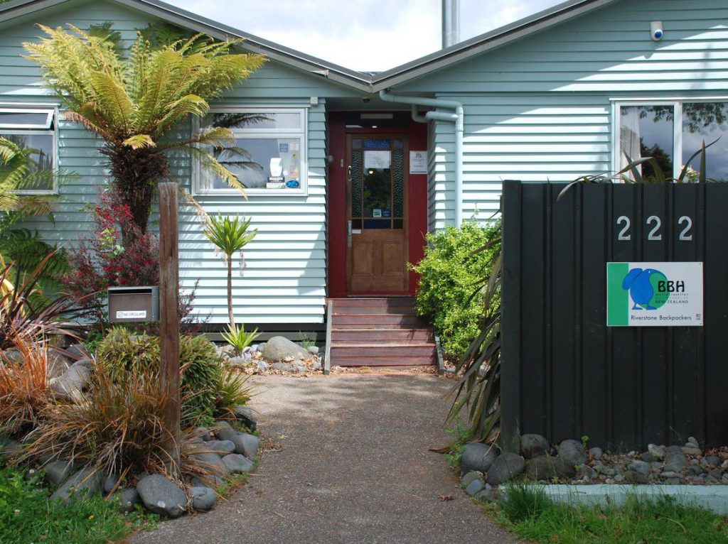 Entrance Riverstone Backpackers Turangi New Zealand