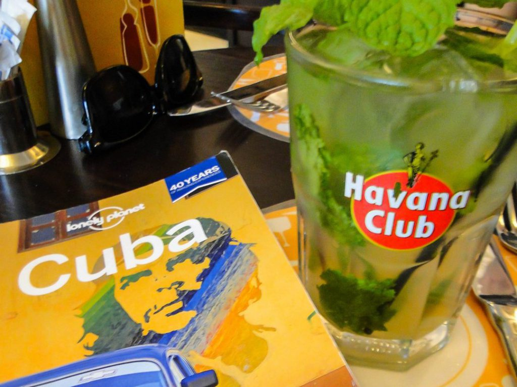 cover Lonely Planet Cuba and mojito